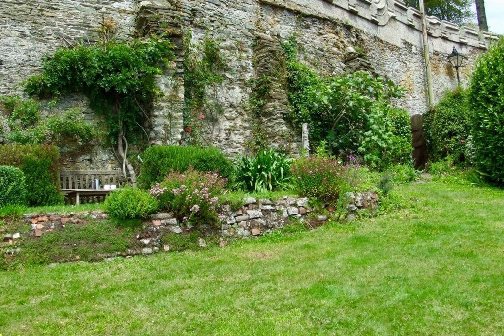 Cornish Holiday Cottages with Gardens